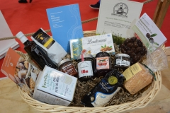 chefstories_thessaloniki_food_basket_2019_products-min